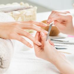 Trattamenti per le mani a Vicenza curativi ed estetici