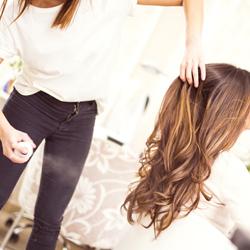Parrucchiera per donna a Vicenza: il problema dei capelli crespi